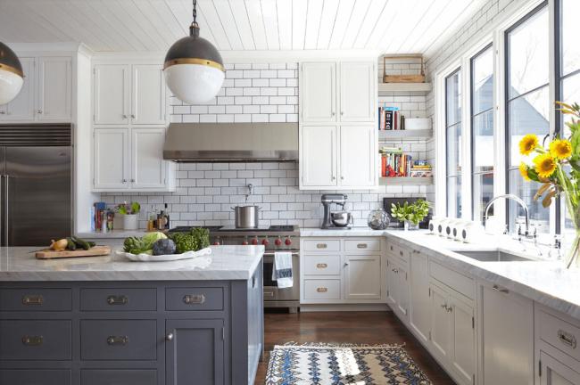 white-kitchen-subway-tile1